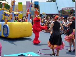 Sesame Place Parade2